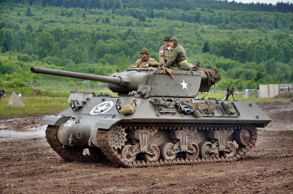 Stíhač tanků M36 Jackson ze sbírek VTM Lešany na akci Bahna 2011. (foto: Flickr Thomas T.)